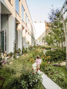 BIGYard, Berlin (2010), architects: Zanderroth Architekten Herrburg Landschaftsarchitekten © Photo: Michael Feser