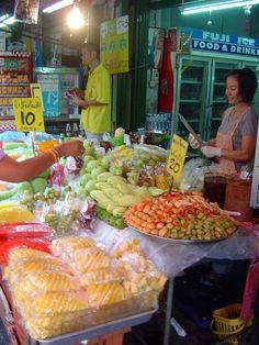 https://flic.kr/p/yKB49   Fresh fruit vendors