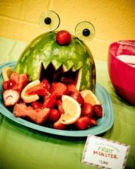 Cute Watermelon fruit monster (See the monster party) (healthy snacks for kids inexpensive) Watermelon Carving, Watermelon Fruit, Fruit Salad, Fun Fruit, Fresh Fruit, Watermelon Centerpiece, Carved Watermelon, Kids Fruit, Toddler Meals