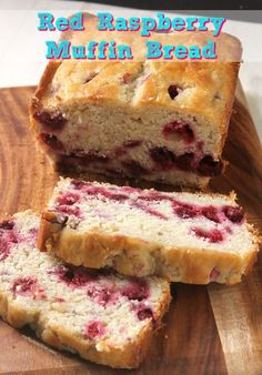 Red Raspberry Muffin Bread A delicious and moist loaf of muffin bread loaded with sweet red raspberries. So easy to make! You'll be enjoying a yummy slice in no time! Raspberry Bread, Raspberry Desserts, Raspberry Muffins, Köstliche Desserts, Strawberry Recipes, Red Raspberry, Delicious Desserts, Dessert Recipes, Raspberry Loaf Recipes