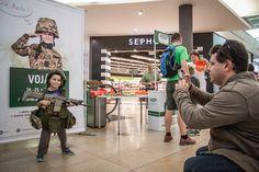 V září jste si mohli vyzkoušet, jaké to je být vojákem. #army #soldier #galerieharfa