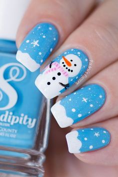 Designer nails can really make you look fashionable and chic. Nail art is one way to make your nails look really good and it lets you experiment with as many designs as the occasions or seasons demand. Nail art is Cute Christmas Nails, Xmas Nails, Christmas Nail Art Designs, Holiday Nails, Winter Christmas, Christmas Snowman, Simple Christmas, Cute Nails, Pretty Nails