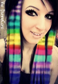 Emo Hair Color, Scene Hair Colors, Cute Hairstyles For Medium Hair, Pretty Hairstyles, Medium Hair Styles, Layered Hairstyles, Girl Hairstyles, Cute Scene Girls, Cute Emo Girls
