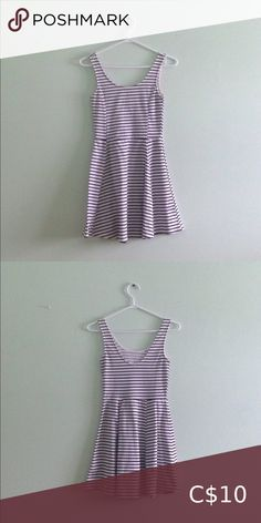 Black & White Striped Dress - polyester - stretchy H&M Dresses Mini Black White Striped Dress, Black White Stripes, Black And White, Wardrobe Sale, Good Brands, Summer Dresses, Mini, Closet, Things To Sell