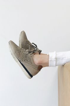 5d19b332b8ba4a 407 Best Shoes images in 2019