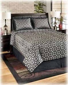 Maze - Onyx 4 Piece Queen Bedding Set