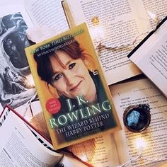 #queenrowling All about her beginnings and her starting Harry Potter. I used this book as reference when we had to do a biography on someone we admired and wanted to be one day. . . . #harrypotter #potterhead #jkrowling #jkrowlingisourqueen #potterfan #biography #bookstagram #bookishfeatures #bookstagrammer #bookblogger #inspirational