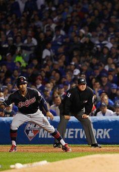Francisco Lindor, CLE/Tony Randazzo,umpire//Oct 29,2016 World Series Game 4 at CHC