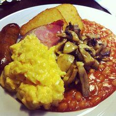 Colazione inglese @TheDeliBar: davvero, davvero buona -  #englishbreakfast #london #londonfood #food #foodpics #foodporn #foodshare #brunch #beakfast #instapic #instagnam #instafood