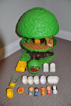 Vintage Kenner Family Tree House by jadedoz, via Flickr