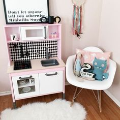 Australian Ikea Duktig Play Kitchen easy makeover and hacks for the Oh So Busy Mum. Ikea Kids Kitchen, Diy Play Kitchen, Kitchen Hacks, Kitchen Makeovers, Girl Room, Girls Bedroom, Ikea Duktig, Childrens Kitchens, Toy Rooms