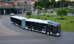 Marcopolo Viale BRT é o veículo modelo do sistema BRT de Porto Alegre Bus Restaurant, Restaurant Design, Bus City, Smart City, Science Fiction Art, Busses, Public Transport, Long Distance, Volvo