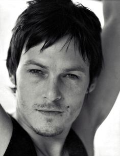 """This hot actor is named Norman Reedus, currently playing as Daryl Dixon, the strong, protective character of the crew in """"The Walking Dead"""". Daryl Dixon, Norman Reedus, Beautiful Boys, Beautiful People, Gorgeous Men, Sean Patrick Flanery, Raining Men, So Little Time, The Walking Dead"""