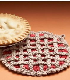 Adorable! #Crochet up a few of these cherry pie hot pads for house warming gifts, or for a festive table for the holidays!