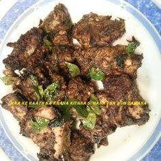 bhunaa hua kaali mirchi ka gosht, for recipe click the link below- https://www.facebook.com/433851030056899/photos/pb.433851030056899.-2207520000.1412171929./512577152184286/?type=3&theater