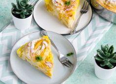 Placinta greceasca cu vanilie Gem, Breakfast, Food, Pies, Banana, Meal, Eten, Jewel, Meals
