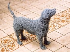 These are are from Animals in Wire, from the UK and I LOVE them! I can see the chickens in my back yard planting beds and the dog in the pl. Chicken Wire Art, Chicken Wire Sculpture, Dog Sculpture, Animal Sculptures, Wire Sculptures, Abstract Sculpture, Bronze Sculpture, Art Fil, Cardboard Art