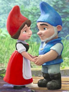 Hands and the Gender Binary: Gnomeo and Juliet Edition (click thru for analysis)