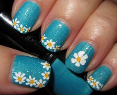 Marias Nail Art and Polish Blog: Daises Bolts of Blue