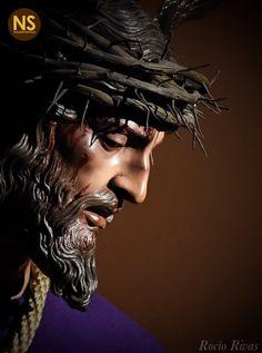 Son of god Christ Tattoo, Jesus Tattoo, Religious Pictures, Jesus Pictures, Catholic Art, Religious Art, Armor Of God Tattoo, Jesus Christ Statue, Christian Artwork