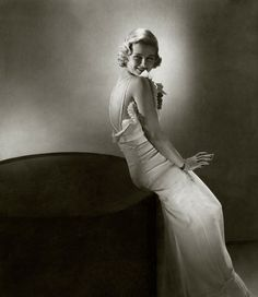 Edward Steichen    Google Image Result for http://25.media.tumblr.com/6TiYiyNurplnjogzil9JaFK9o1_500.jpg