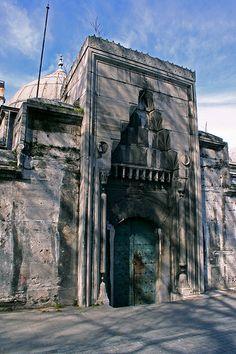 Gate to Imaret (old kitchen) of Süleymaniye Mosque