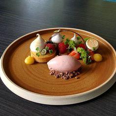 Lemon, Strawberry and Basil @goodfellows_ltd @studiomattes #pastry #pastrychef #patisserie #dessertmasters #dessertvidal31