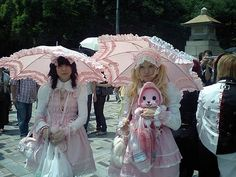 2) Sweet Lolita. Harajuku fashion
