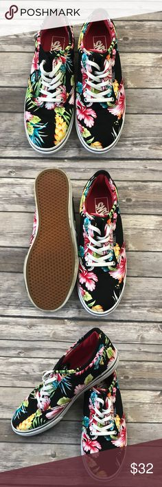 Vans Tropical Floral Low Top Sneakers Vans Tropical Floral Low Top Sneakers •Worn once (In perfect condition, no signs of wear) •Size 6.5 •Retails for $60  Check out my other listings- Nike, adidas, Michael Kors, Hunter Boots, Kate Spade, Miss Me, Rock Revival, Coach, Wildfox, Victoria's Slecret, PINK, True Religion, Ugg Australia, Free People and more! Vans Shoes Sneakers