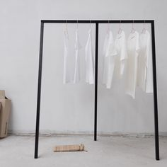 That special basic. No wardrobe is complete without a white t-shirt. We've got different shapes, materials and colour gradations for every occasion. #funktionschnitt #wearthedifference #slowfashion #whitetshirt #basic #allwhite #whiteshirt #storedesign #visualmerchandising