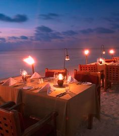 Could we please book this table for dinner tonight?   #sunsandsea    'Because we ♥ Kiwi Collection & traveling to exotic locations!'