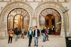 Gostei da estação do Rossio ao fundo Hard Rock, Taj Mahal, Building, Travel, City Streets, Traveling, Viajes, Buildings, Destinations