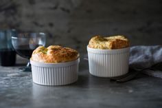 Bakeproof: The real secrets of French baking Cheese Souffle, Souffle Dish, Souffle Recipes, Lunch Recipes, Great Recipes, Savoury Recipes, Simple Recipes, Delicious Recipes, Favorite Recipes