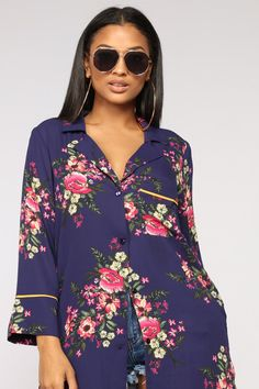 07cde1a97989 You Can t Make Me Stay Kimono - Navy Combo Summer Looks