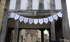 Just Married paper bunting = £5