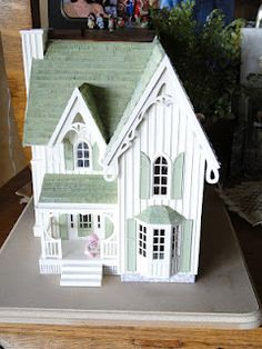 1000 Images About Dollhouses On Pinterest Doll Houses