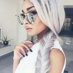 Glasses / Hair / Nails / Make up . Hair Inspo, Hair Inspiration, Nyane Lebajoa, Cooler Style, Natural Hair Styles, Long Hair Styles, Grey Hair, White Hair, Gorgeous Hair