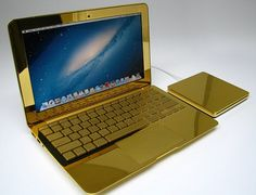 Gold Fever – Luxury Items in Gold Mac Book