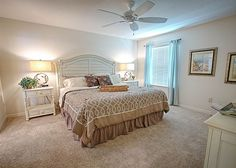 The Villages, FL Vacation Rental located in the Village of Charlotte just minutes from Brownwood and Lake-Sumter Landing Square #Vacation #Travel #Florida # Rentals #VIRGroup #B3481RAB