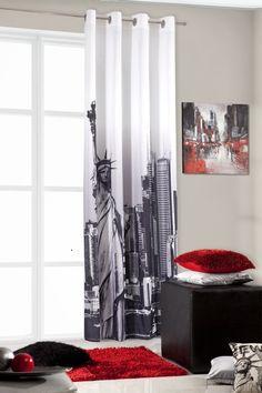 Zasłona na przelotkach koloru biało czarnego ze Statułą Wolności