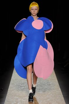 Comme des Garçons Fall 2012 Ready-to-Wear Collection - Vogue