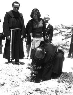 Father Rufino Niccaci at the tree planting ceremony at Yad Vashem. Father Rufino Niccaci, the Father Guardian of the St. Damiano Monastery, arranged false papers and found hiding places in the monasteries and convents, disguising the Jews as monks and nuns.