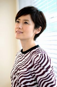Japanese Short Hair, Short Hair Cuts, Short Hair Styles, Japanese Beauty, Beautiful Actresses, Fall Outfits, Autumn Fashion, Culture, Lady