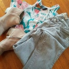 I just added this to my closet on Poshmark: 🇺🇸 Made in USA 🇺🇸 grey 98% cotton skinny jeans. Price: $15 Size: 2