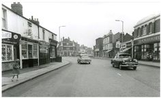 Hertford Road outside Woolworths, late Photo c/o Mark Sapsford London History, Local History, Family History, Vintage London, Old London, London Photos, Nice View, Old Photos, Childhood Memories