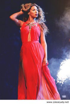 Beyonce in red dress