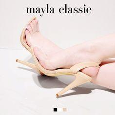 mayla classic Cleaka「『自由で奔放だけれど、グラマーさは忘れない』シリーズのテーマは「AIR」空気を纏うような軽快な素材使い うっすら透ける肌の色がピュアな印象を与える 夏らしい爽やかさを演出し肌を露出させることでフレッシュかつセクシーな表情 カッティングやヒールなどのディティールにこだわることでシンプルながらもデザイン性の高いスタイルへ 開放感溢れる軽やかなフォルムは自由で奔放だけれど、グラマーさは忘れない」 #sandal #fashion #mayla_classic
