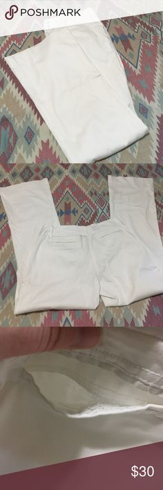 Limited Whited Dress Slacks White desss slacks by The Limited. Size 6. Used but in good condition. Some wear. Please ask if you have questions. The Limited Pants