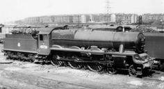 45724 Warspite at St. Royal Navy Submarine, Steam Railway, Steam Engine, Steam Locomotive, Abandoned Places, Birmingham, Steamers, Train, London