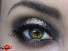 Glam smokey http://www.makeupbee.com/look_Glam-smokey_39660